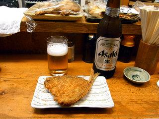 アジフライと瓶ビール
