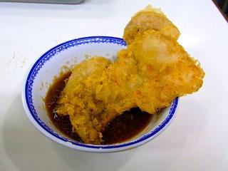 豚肉の天ぷら。じゅわっとして旨い