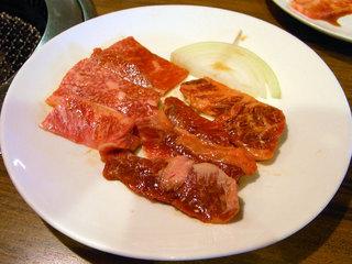 カルビとロースのハーフのお肉