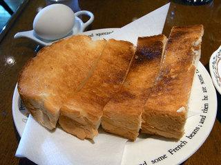 トーストセットのパン