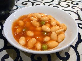 付け合せの小皿の大豆チリソース。