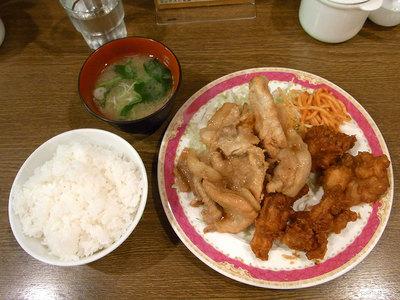 豚ロース生姜焼き唐揚げ定食。