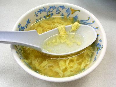 生姜が効いたサラサラのたまごスープ