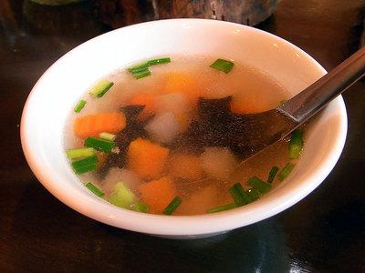 具材たっぷりのスープでした。