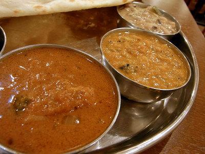 辛口、中辛、甘口の3種類のカレー