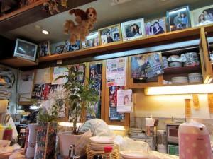 喫茶Yの店内の芸能人来店時の写真