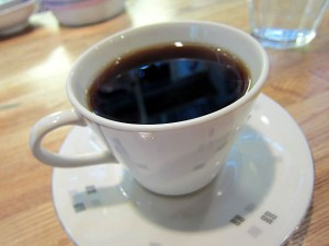 お代わり無料のコーヒー