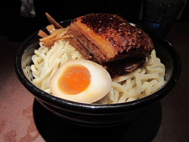 つけ麺の麺2