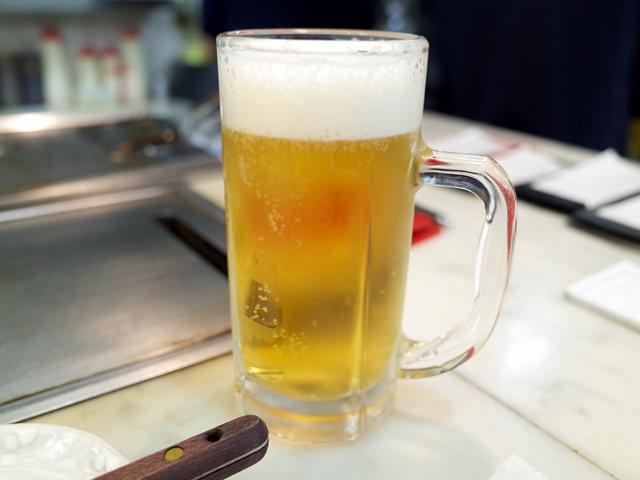 ジョッキに注がれた生ビール