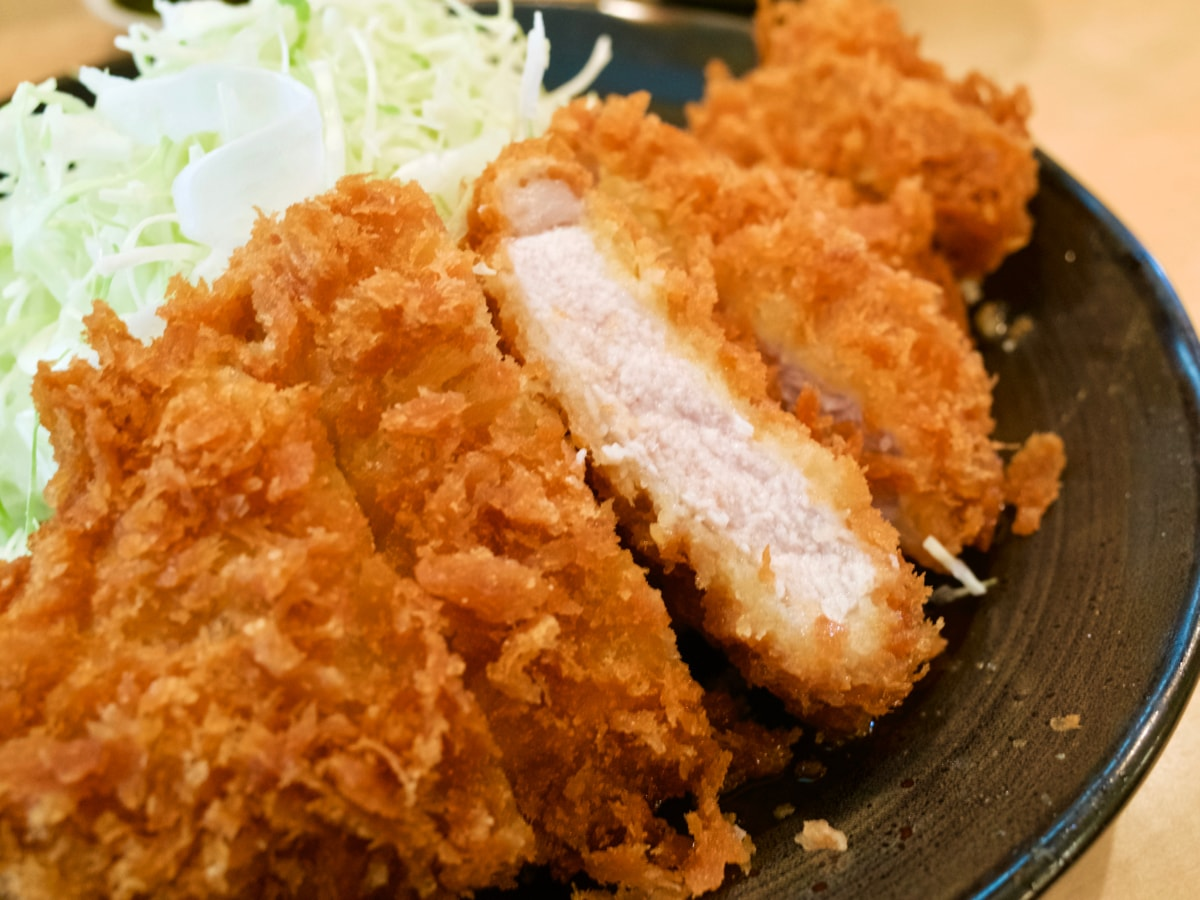 とんかつ三田日吉のとんかつ定食